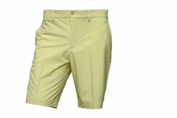 J. Lindeberg Eloy Tapered Micro Stretch Bermuda Herren gelb